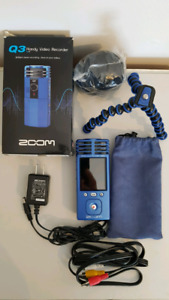 ZOOM Q3 Video Recorder