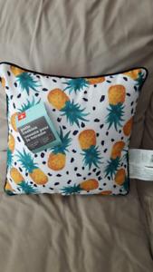 New-Pineapple Outdoor/Indoor Pillow
