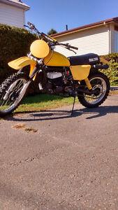 superbe suzuki rm250 1978 neuf