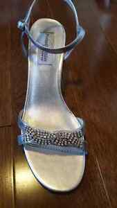 NEW Private Collection Dyeables Sandals Size 7 - 7.5