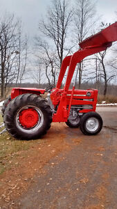 165 Massey Diesel with loader Tractor Belleville Belleville Area image 1
