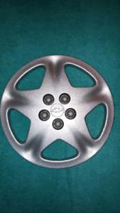 """Caps (4) de roue 15"""" ou enjoliveurs de Chevrolet..."""