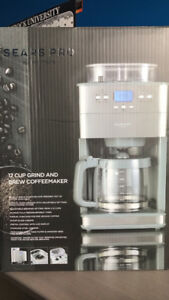 Coffee Maker & Grinder Brew's Freshest Pot of Coffee! BRAND NEW!