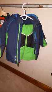 Jupa snow suit blue and green 3t 40$ Kingston Kingston Area image 2