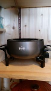 Rival electric fondue pot