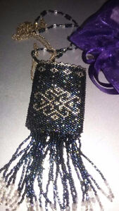 HANDMADE NECKLACE / CRYSTAL POUCH