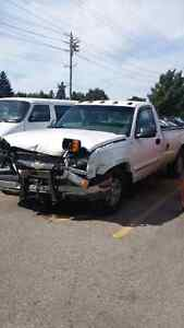 2004 Chevy 1500 Truck 4x4 for Parts
