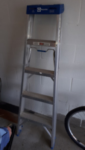 4 Ft Reynolds Ladder