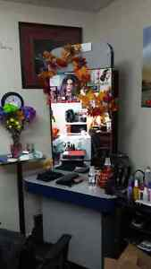 Hairstylist Station double sided