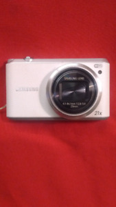 SAMSUNG 16.2 megapixel digital camera
