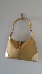 GUCCI Golden Canvas & Leather Jackie O Flat Bamboo Handle Hobo