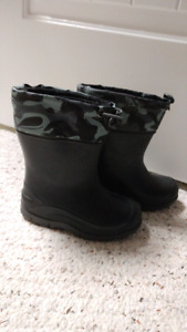 Toddler NEW rubber boots