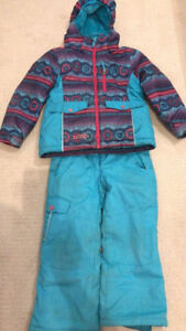 Size 6 girl winter suits 10$