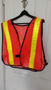 Visibility  safety vest one size side tabs velcro front