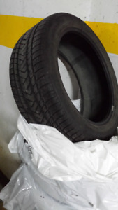 Pneus d'hiver Pirelli Scorpion Winter tires
