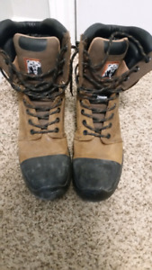 Timberline safety boots
