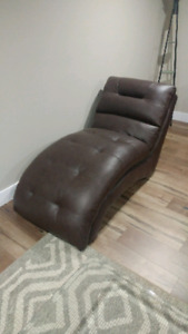 Chaise leather Chair