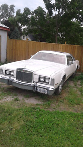 1976 lincoln continental mark 4 (reduced)
