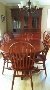 Maple dining room set with buffet and hutch