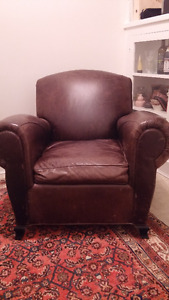DISTRESSED LEATHER CHAIR