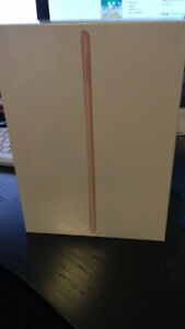 """Apple iPad 9.7"""" 32GB with Wi-Fi - Gold(Brand New Sealed)"""
