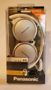 Hot White Panasonic Earphones