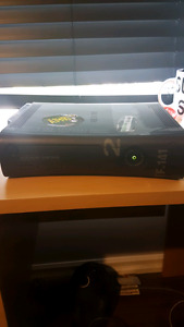 Xbox 360 for sale - NO controllers