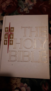 HOLY BIBLE,catholic life edition.