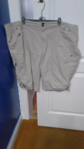 TAN SHORTS SIZE 24 - PRICE REDUCED