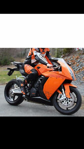 Fully loaded 2009 KTM RC8 1190 with CLUB RACING KIT