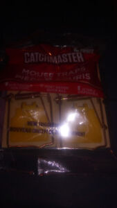 CATCHMASTER MOUSE TRAPS 4-SALE 1 CASE NEW!
