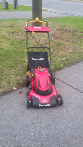 Homelite Cordless lawnmower with bagger