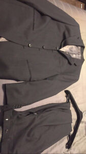 Calvin Klein Formal Suit (lined)