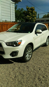 2013 Mitsubishi RVR, Fully Loaded, 92000 km