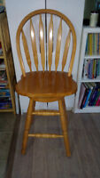 Excellent condition solid oak chair-heigh 24 Inches.