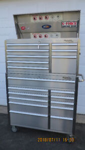 coffre a outils base +tete STAINLESS 42 po 19 tiroirs