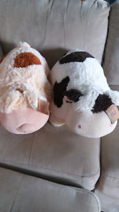 Super Fluffy Cow and Pig Plush Cushions