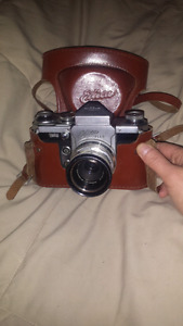 Vintage Wirgin Edixa Flex Camera