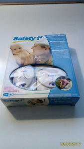 NEW Safety1st Baby Monitor