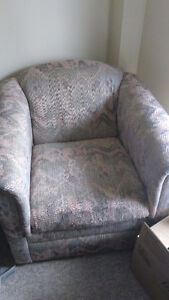 Clean, good condition armchair London Ontario image 3