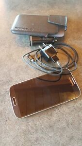 Samsung Galaxy S4 with Case and Chargers