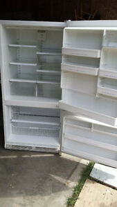 clean refrige for sale!