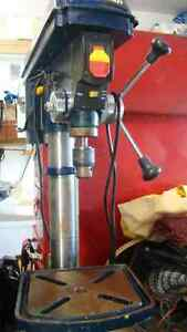 MASTERCRAFT BENCH DRILL PRESS Campbell River Comox Valley Area image 1