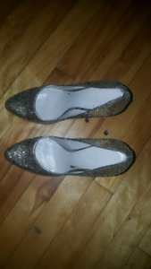 Sparkly gold heels size 9/10
