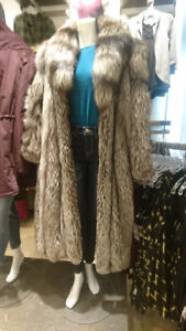 Fur Coat - Premium Silver Fox - Amazing Condition