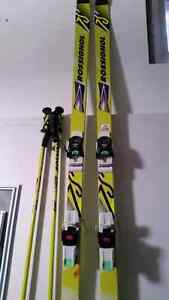 Rossignol skis and pole