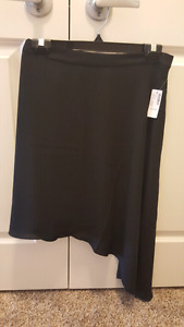 Black Flow Dress Up Skirt (Size 18) - Brand new with tag