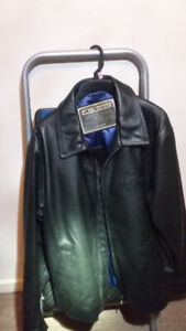A vendre Manteau cuir Acura/ For sale Acura Leather jacket
