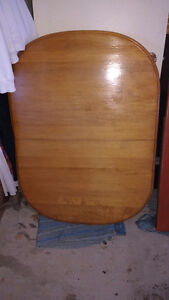 Small Oval Table 4 feet by 3 feet
