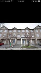 Townhouse for rent-near Malton GO Station, Hwy 427